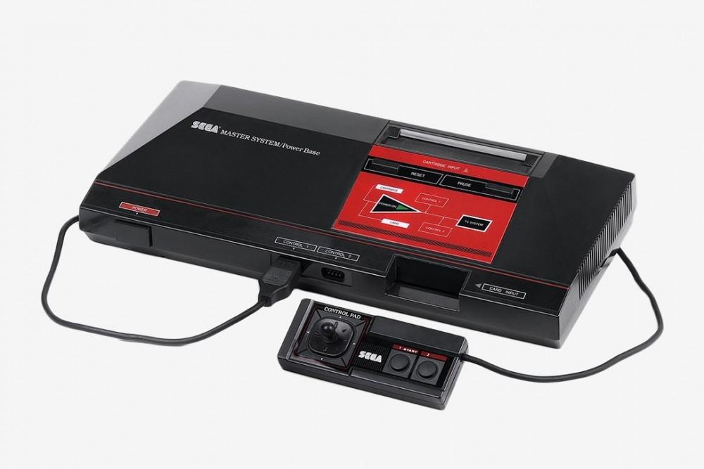Master System teve alguns jogos, como Mônica no Castelo do Dragão,Chapolin versus Drácula,Geraldinho,TV Colosso, entre outros.